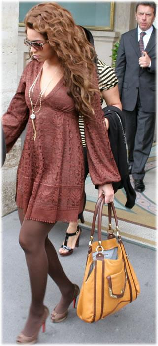 beyonce handbag style
