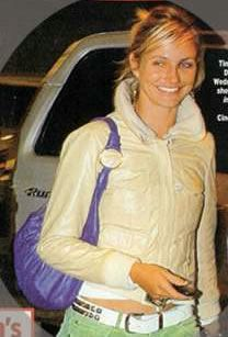 Cameron Diaz sporting Loli Bag