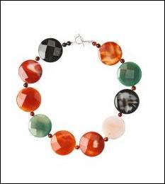 discus necklace