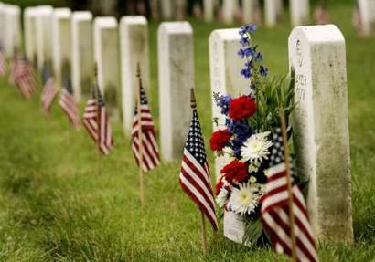 flags in memorial day
