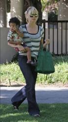 Heidi Klum Givenchy bag1