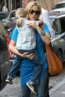 kate hudson bird handbags