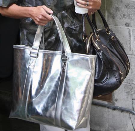 kelly ripa handbag style1