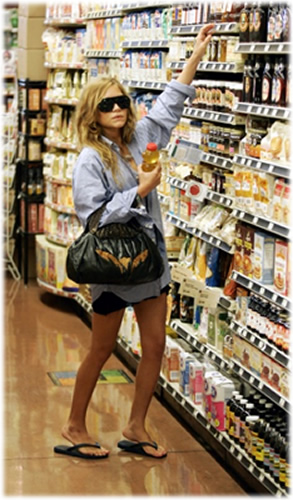 Mary Kate Olsen Shopping