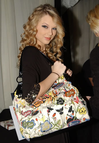 tylor swift the sak