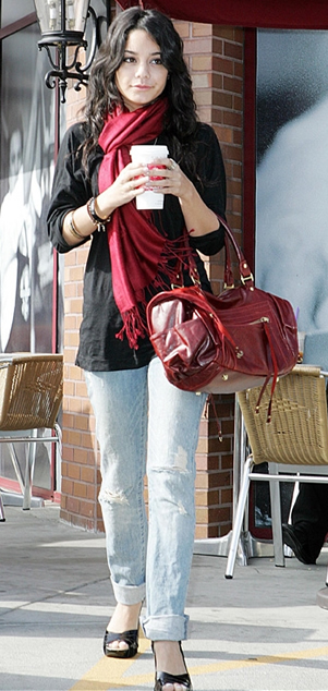 vanessa hudgens rebecca minkoff morning after bag2